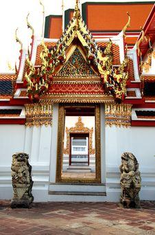 Free Lion Statue At Wat Pho Bangkok Thailand Stock Image - 16088511