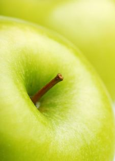 Free Fresh Green Apple Royalty Free Stock Photo - 16089555