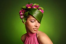 Free Bouquet On Head Royalty Free Stock Images - 16090459