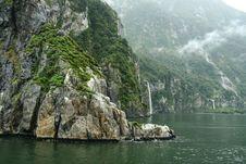 Free Milford Sound Stock Image - 16092961