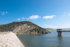 Free Reservoir Of Gadalcacin Royalty Free Stock Images - 16094419
