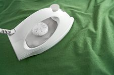 Free White Iron On Green Cloth Royalty Free Stock Image - 16096906