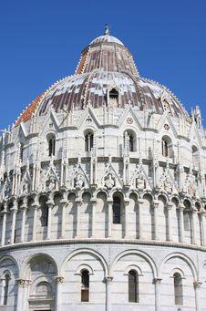 Free Baptistry Of St. John In Pisa, Italy Royalty Free Stock Photo - 16097725