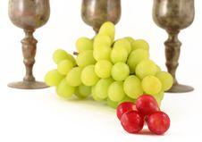 Free Close Up Of Grapes Royalty Free Stock Image - 1611086