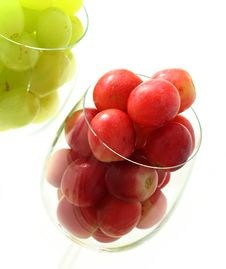 Free High Key Grapes In Glass Stock Photo - 1611090