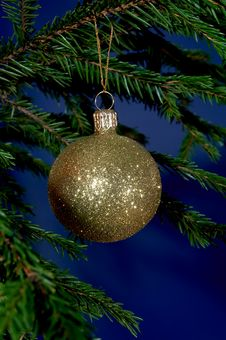 Free New-Year Tree Decorations Royalty Free Stock Photography - 1611217