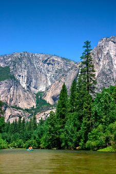 Free Yosemite National Park, USA Royalty Free Stock Photo - 1617095