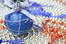 Free Christmas Sphere Of Dark Blue Color With A Pattern Royalty Free Stock Photos - 1619768