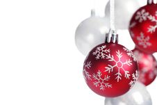 Free Christmas Bauble Royalty Free Stock Photo - 16100505