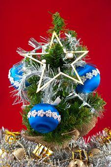 Free Christmas Tree Royalty Free Stock Image - 16117396