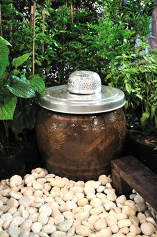 Free Thai Large Earthen Jar Stock Photography - 16117792