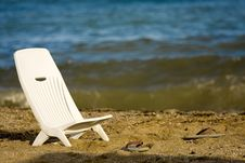 Free Relaxing On The Beach Royalty Free Stock Photo - 16118125