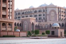 Free Emirates Palace Hotel. Evening Royalty Free Stock Image - 16119536