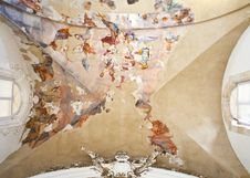 Free Frescoes On The Ceiling Royalty Free Stock Photos - 16121698