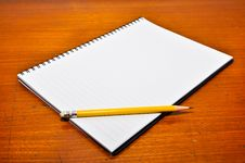 Free White Blank Notebook Royalty Free Stock Image - 16124266