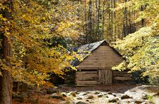 Free Old Rustic Barn Surrounded By Fall Foliage Stock Images - 16124664