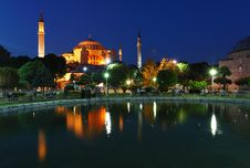 Free Hagia Sophia - Isntanbul, Turkey Royalty Free Stock Images - 16126889