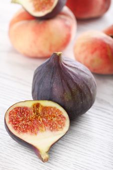 Figs And Peaches Royalty Free Stock Photos