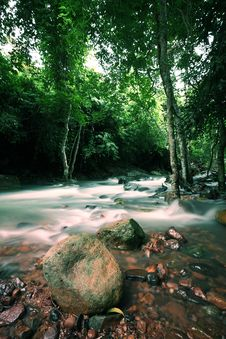 Free The Stream In Jad Kod Forest, Thailand. Stock Photo - 16158340