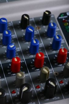 Free Channel Mixer Royalty Free Stock Images - 16160539