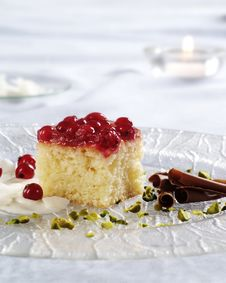 Free Sponge Cake Topped With Red Currants Stock Photo - 16166930