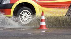 Free Racing Car Entering Water Stock Image - 16171301