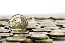 Free Grungy 2 Euro Coin Royalty Free Stock Images - 16172049