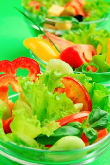 Free Green Salad Royalty Free Stock Photos - 16172488