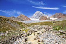 Free Mountain Royalty Free Stock Photography - 16176957