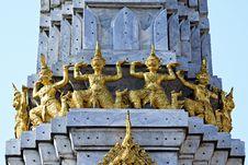 Free Thai Gold Giant Stock Photography - 16177752