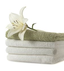 Free Towels With Flower Royalty Free Stock Images - 16178599