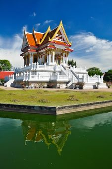 Free Thai Temple Royalty Free Stock Images - 16180109