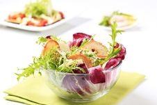 Free Green Salad With Crostini And Cheese Stock Image - 16180351