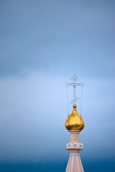 Free Gold Dome Of An Orthodox Temple Royalty Free Stock Photography - 16181417