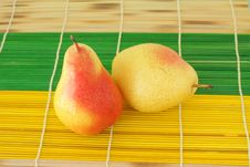 Free Two Ripe Pears Royalty Free Stock Image - 16181756