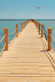 Free Wooden Jetty Royalty Free Stock Images - 16182699