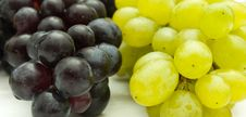 Free Bunch Of Grapes Royalty Free Stock Photography - 16182767