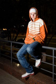 Free Young Drug Dealer On The Street Royalty Free Stock Photography - 16182777