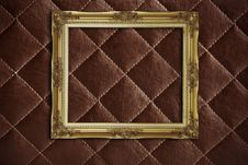 Free Golden Frame On The  Leather Royalty Free Stock Photography - 16185587