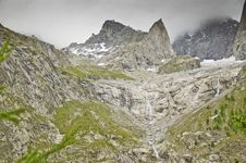 Free Massif Of Mont-Blanc Royalty Free Stock Photography - 16187797