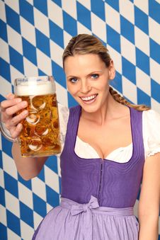 Free Bavarian Woman Royalty Free Stock Photography - 16190387