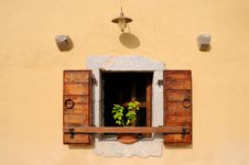 Free Mediterranean Window Stock Photo - 16191700
