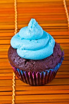 Free Blue Vanilla Cupcake Royalty Free Stock Photos - 16193938