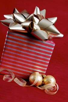 Free Christmas Package Stock Image - 16194901
