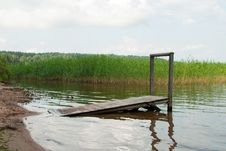 Free Lake With Dais Royalty Free Stock Photo - 16197705