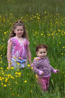 Free Flower Girls 4 Royalty Free Stock Photo - 16200585