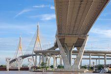 Free Under The Suspension Bridge Royalty Free Stock Photo - 16209825