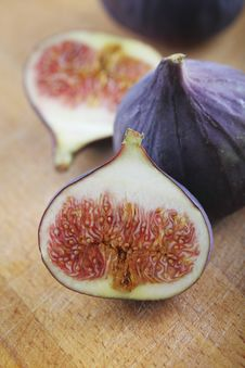 Free Fresh Figs Stock Photos - 16210543