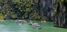 Floating Village In Halong Bay Vietnam Royalty Free Stock Images