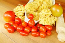 Free Pasta And Tomatoes Stock Photography - 16221452